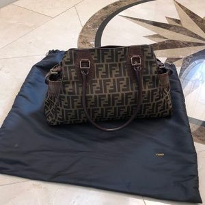 Authentic Fendi bag, in almost new condition